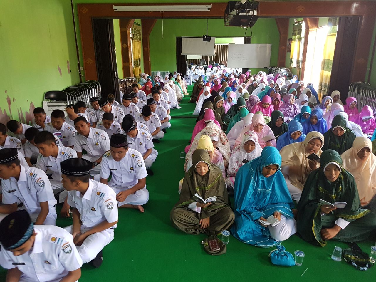 Yasinan Rutin Program Pudir III Akper Kesdam Iskandar Muda